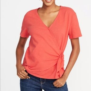 OLD NAVY | textured wrap front side tie top | red